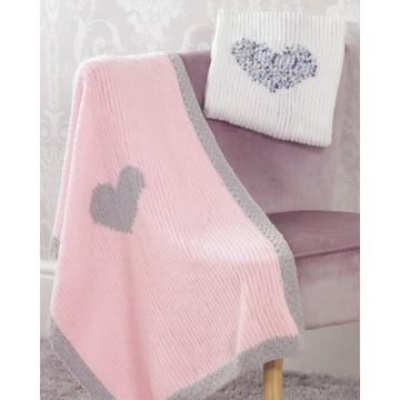 JB525 - Contrast Heart Blanket